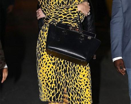 Katy Perry flaunts wild side in cheetah jacket and snakey leggings