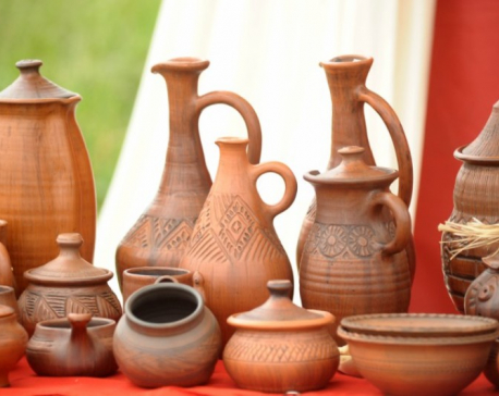 5 reasons you must use clay bottles for drinking water