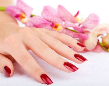 How to get your nails done at home