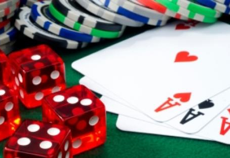 12 gamblers arrested