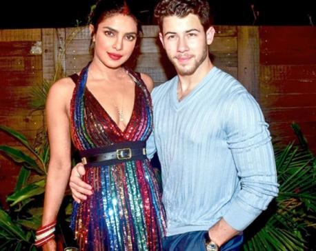 Priyanka Chopra, Nick Jonas announce the comeback of Jonas Brothers!