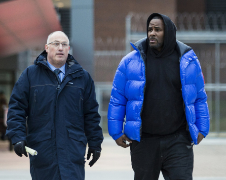 R. Kelly leaves jail after posting $100K in sex abuse case