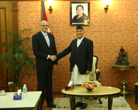 Indian Foreign Secretary pays courtesy call on PM Oli
