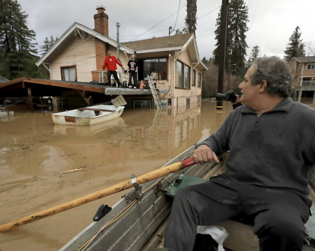 California river floods 2,000 buildings in California
