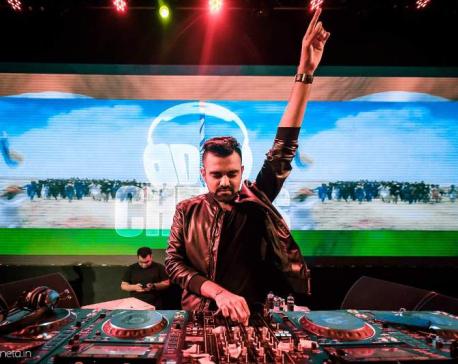 DJ Chetas Live at Club Fahrenheit