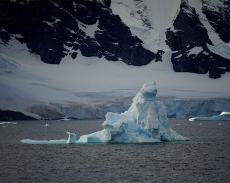 Antarctica's melt quickens, risks meters of sea level rise: Study