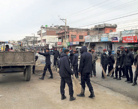 Police collect waste as municipal officials boycott work