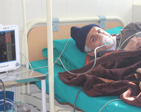 Medics feel the need to transfer Dr. KC to ICU soon