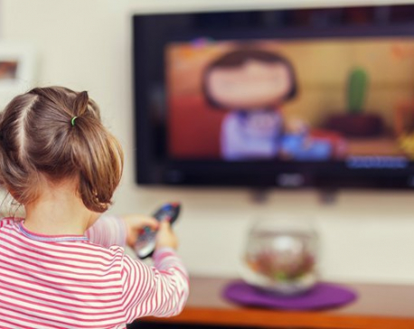 Too much TV 'can hold back children'