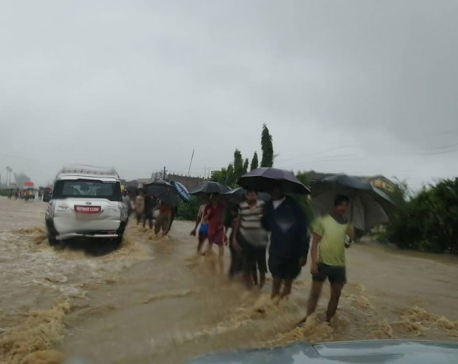 Floods leave families in desperation