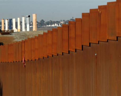U.S. Supreme Court lets Trump use disputed funds for border wall