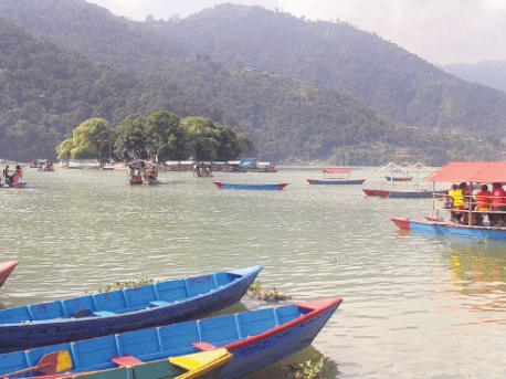 Some 300 thousand tourists visit Gandaki state in year