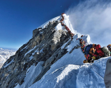 India tops list of Everest summiteers this season followed by China