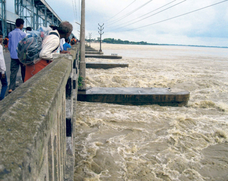 Water current in Saptakoshi River rises to alert level