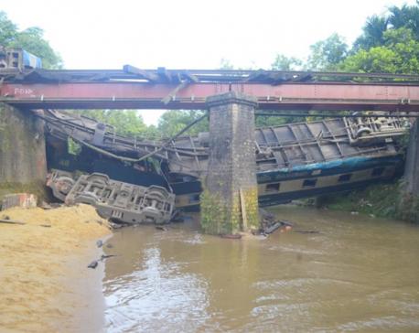 Bangladesh train derailment: Five killed, 100 injured