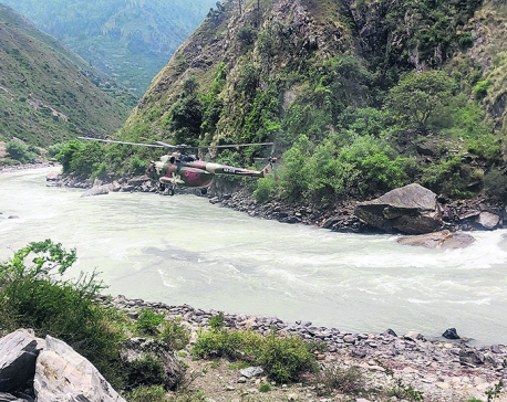 Divers return after failing to find the remains of jeep that plunged into Karnali River