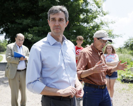 2020 Democratic candidates celebrate LGBTQ pride in Iowa