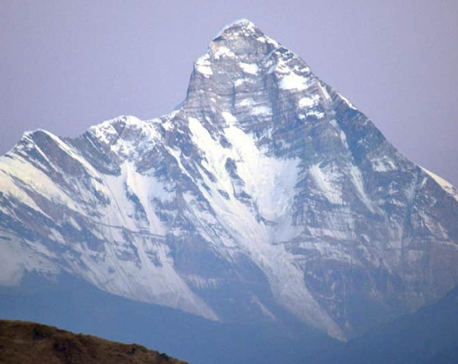 India says mission to recover climbers' bodies likely to take 10 days