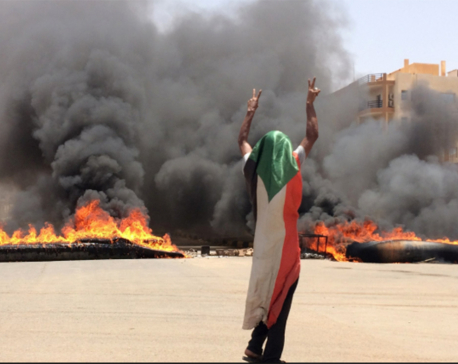 35 dead as Sudan troops move against democracy protesters