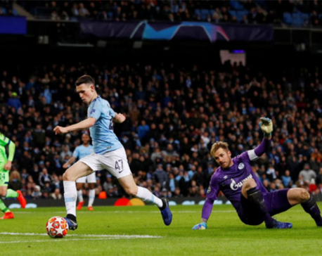 Seven up for Man City as they demolish Schalke