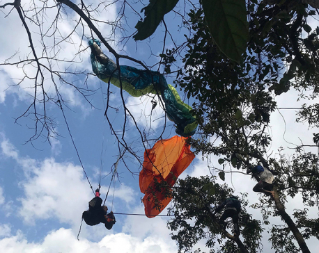 2 foreigners injured in paragliding crash in Pokhara