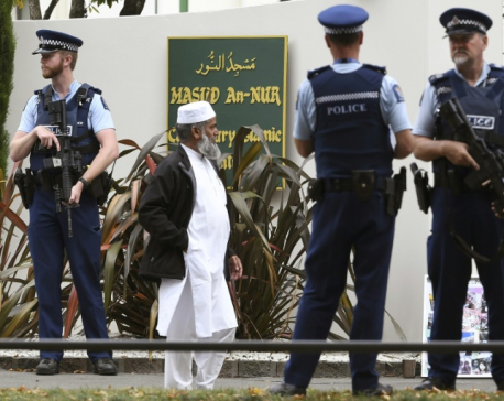 Tearful Muslims return to Christchurch mosque as NZ works to move on