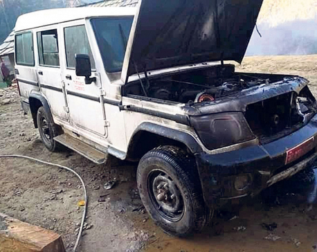 Vehicles torched in Rolpa following complaintagainst Chand