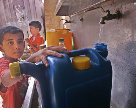 U.N. rights expert: Israel depriving Palestinians of clean water