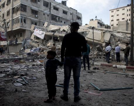 Gaza rocket fire kills Israeli man amid worsening violence