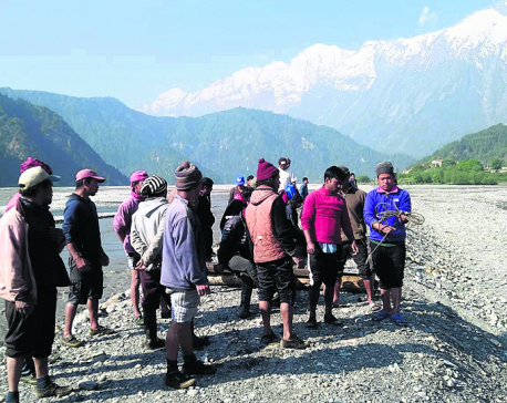 Mustang villages cutoff in lack of bridge over Kaligandaki
