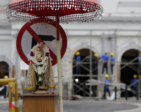 Sri Lanka Catholics celebrate Mass via TV amid new warnings