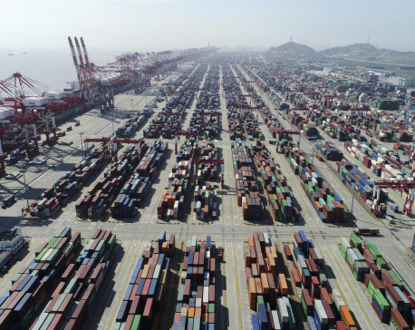US hikes tariffs on Chinese goods, Beijing vows retaliation