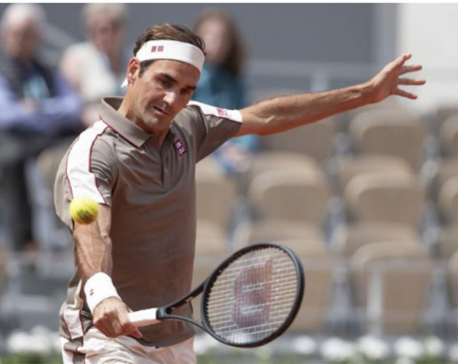 Federer enjoying 'outsider' tag on Roland Garros return