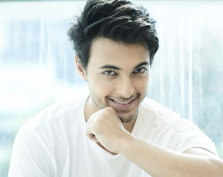 Aayush Sharma joins the army