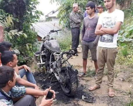 Ward chair's motorbike torched in Arghakhanchi
