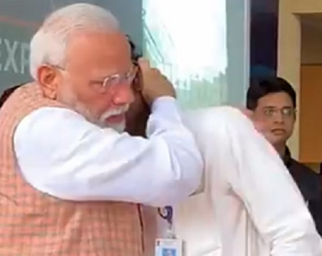 Indian PM Modi consoles ISRO Chief after failed moon landing (with video)