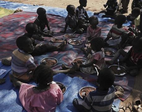 EU sets up $998 million budget for humanitarian aid