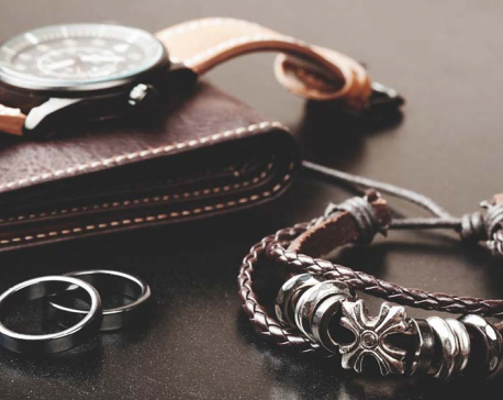 How to wear men's jewelry and accessories