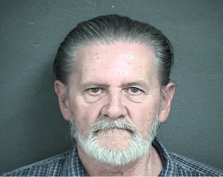70-year-old man robs bank to go to jail and avoid his wife