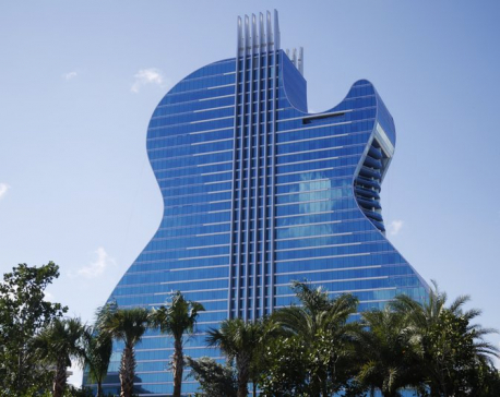 Unique guitar-shaped hotel opens at Florida Seminole casino