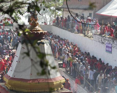 Devotees at Matatirtha (photo feature)