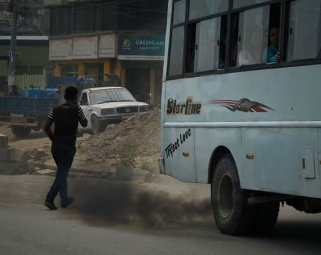 Govt fails to control polluting vehicles