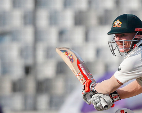 Warner hits 75 not out as Australia closes in on victory