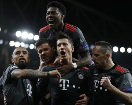 Bayern look to raise game after Arsenal demolition
