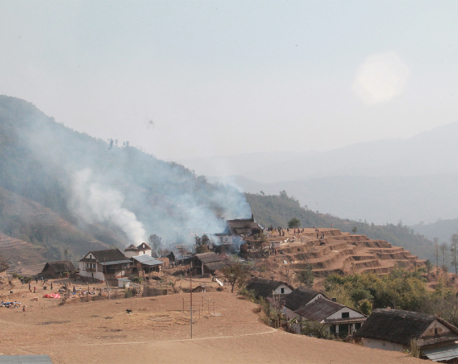 Gale-stoked fire guts five houses in Bhojpur
