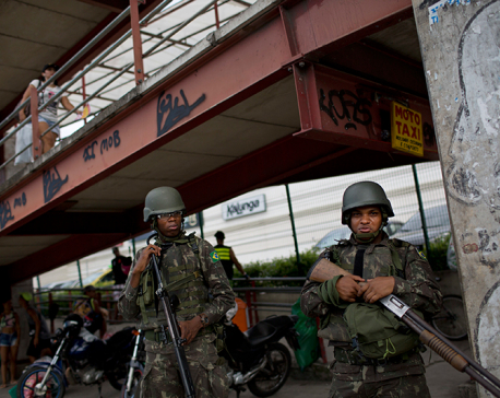 Brazil sends 9,000 soldiers to Rio amid security crisis