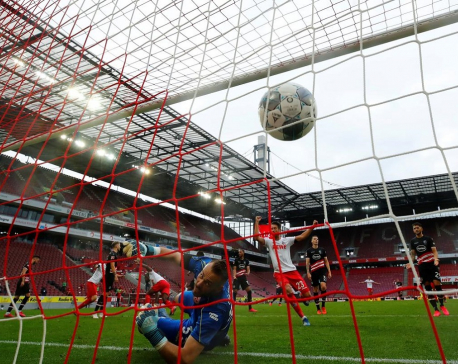 Cologne grab late goals to earn 2-2 home draw with Fortuna