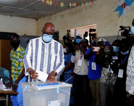 Burkina Faso holds election under looming threat of violence