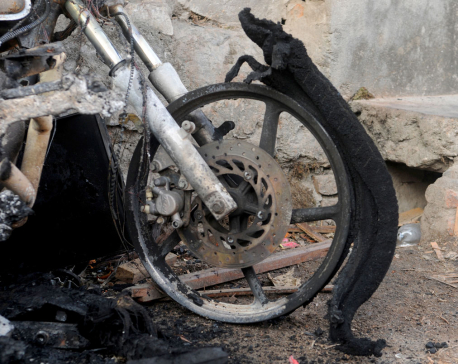 In pictures: Bauddha locals resort to arson over cabby's  death