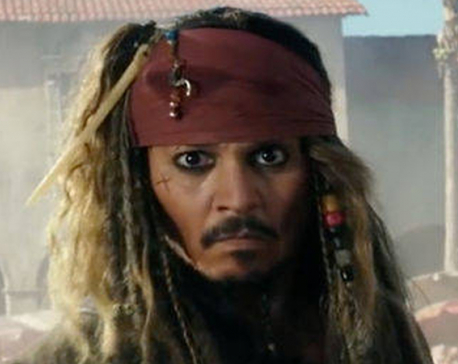 Johnny Depp heads to Disneyland as Captain Jack Sparrow to surprise riders